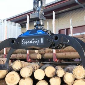 SuperGrip II 420-S der ideale Greifer für Langholzkräne