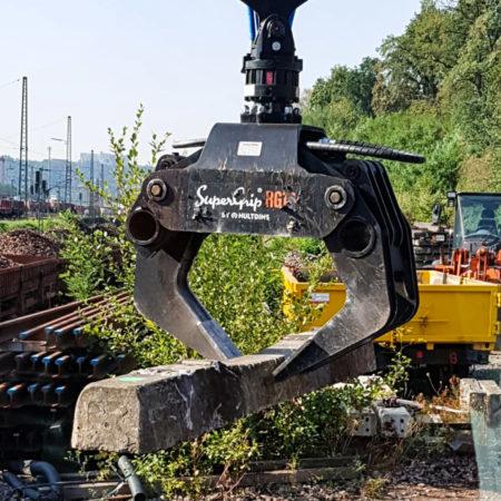 hultdins-mehrzweckgreifer-railgrip-16-der-railgrip-16-eröffnet-neue-möglichkeiten-und-macht-effizienteres-arbeiten-möglich