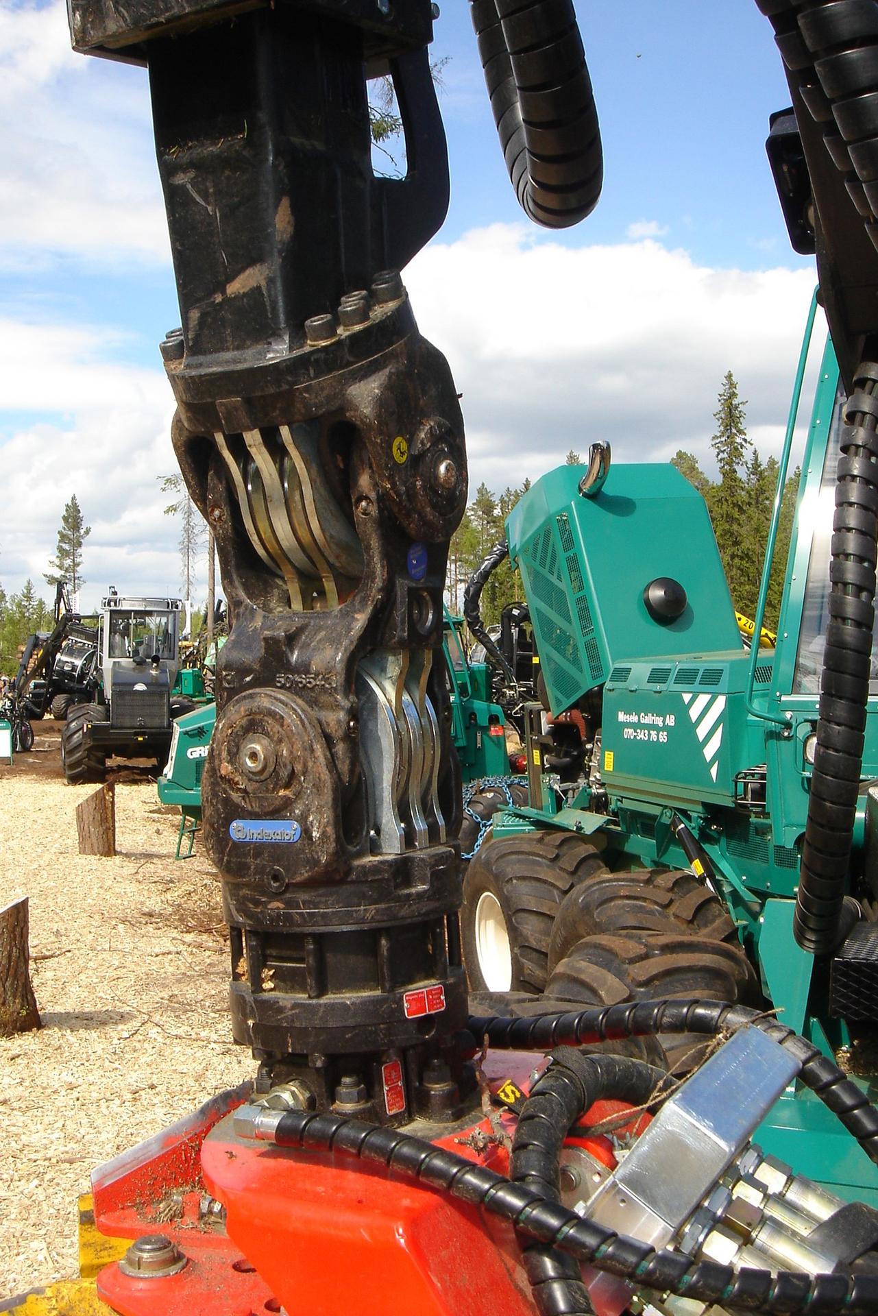 PHILIPP ForstWerkzeuge INDEXATOR Rotator H 132, 10000 Kg statische Last, hydraulischer Rotator, hydraulischer Drehservo, hydraulischer Drehmotor