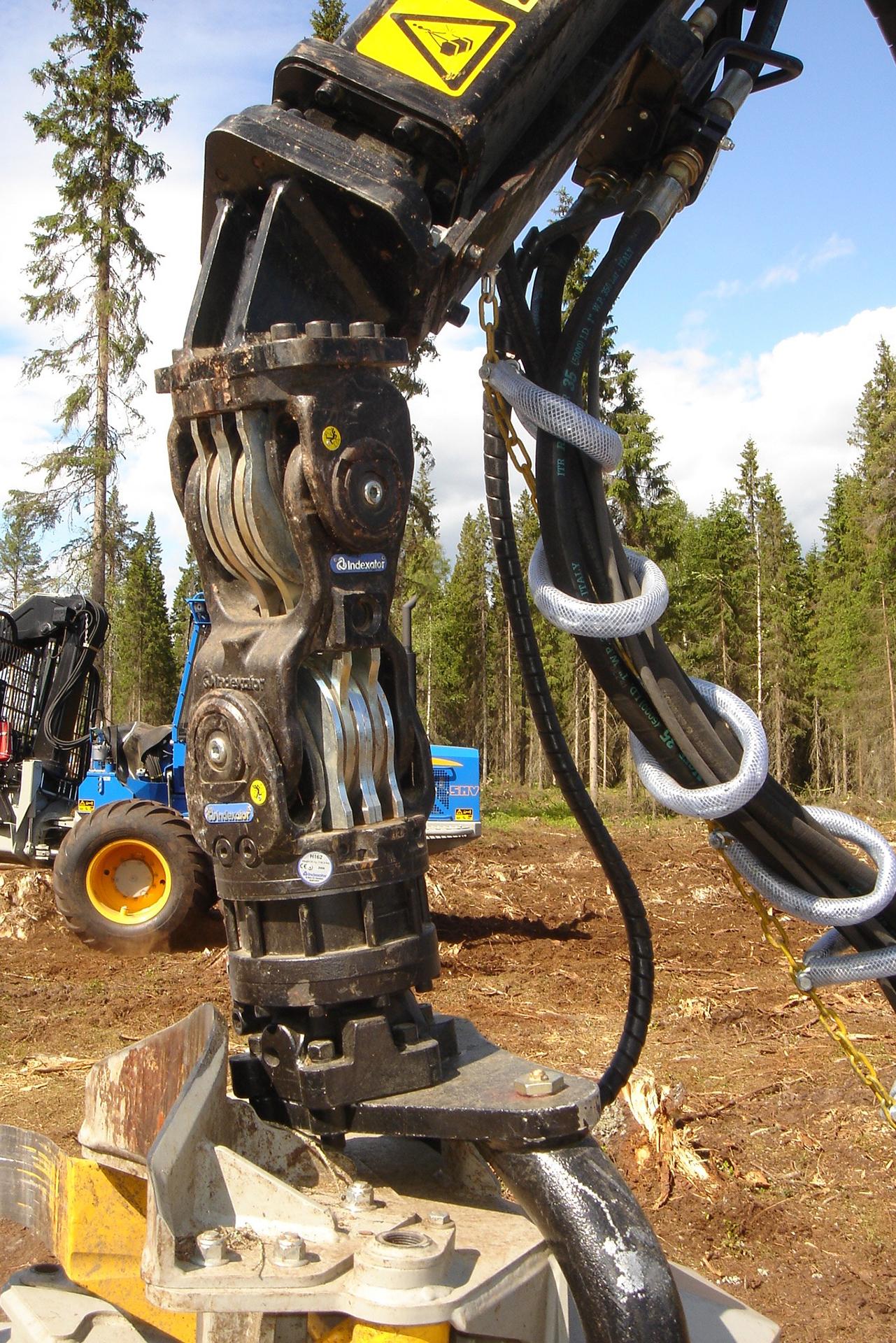 PHILIPP ForstWerkzeuge INDEXATOR Rotator H 152, 10000 Kg statische Last, hydraulischer Rotator, hydraulischer Drehservo, hydraulischer Drehmotor